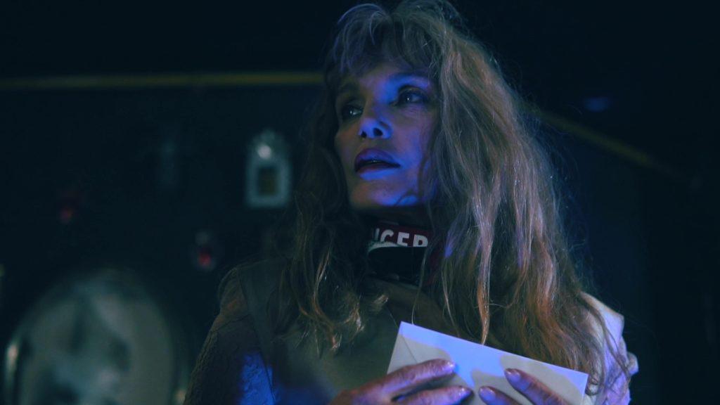 """Arielle Dombasle dans le clip """"Le Grand Hôtel"""""""